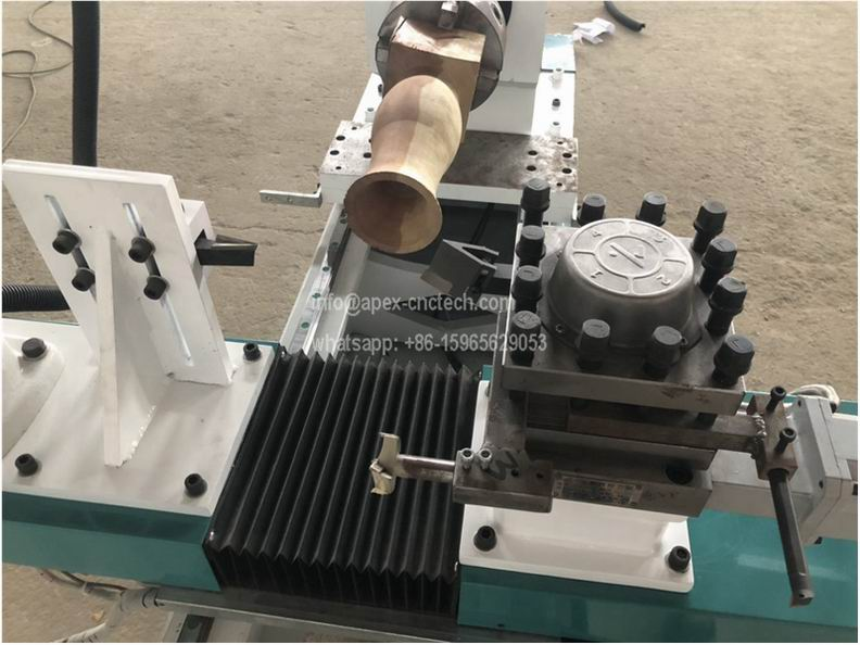 ATC Wood Turning Lathe Machine with Automatic Tool Changer
