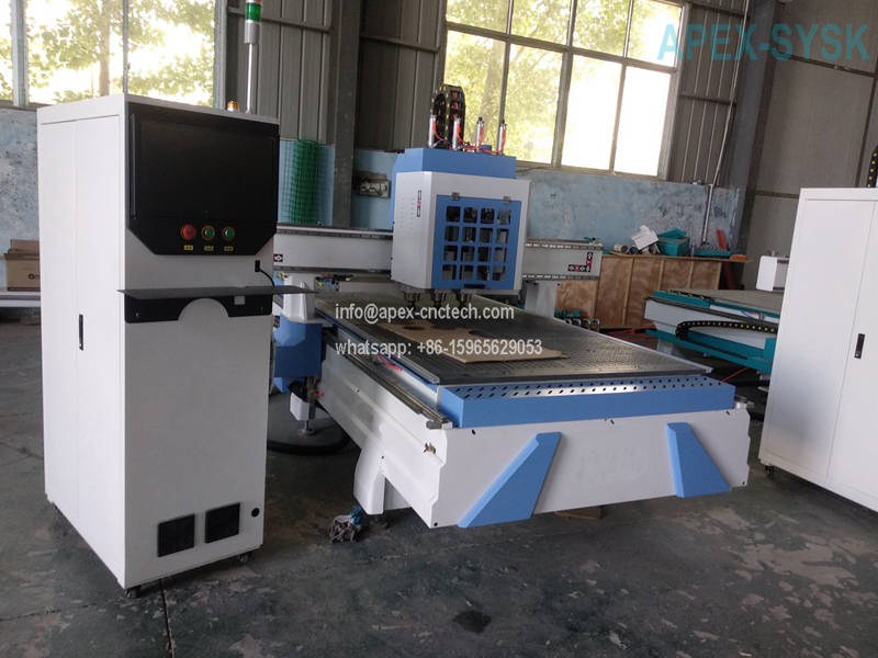 Building Industry Synchronized Multi-Spindle Type CNC Router Machine