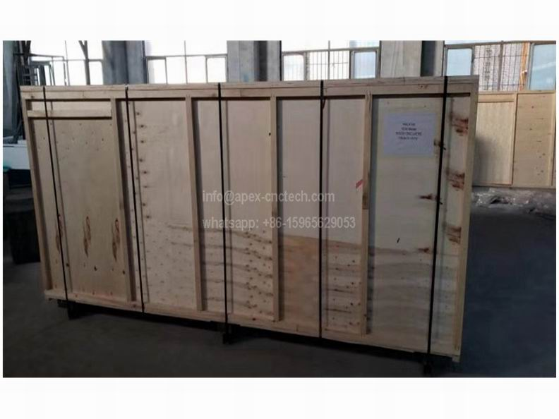 Low Price Automatic CNC Wood turning Lathe Machine wood package