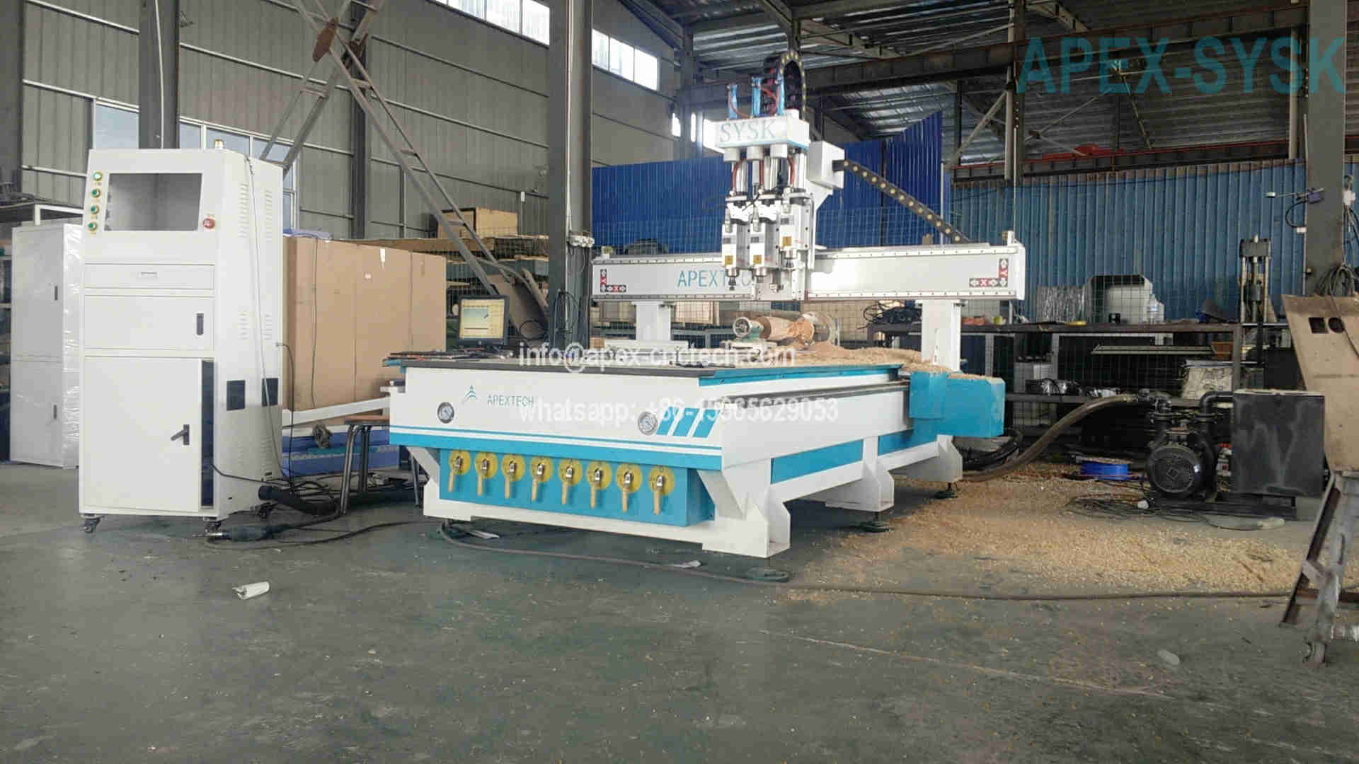 Multi-Spindle Synchronized Type 4X8 CNC Router Table Machine at Affordable Price